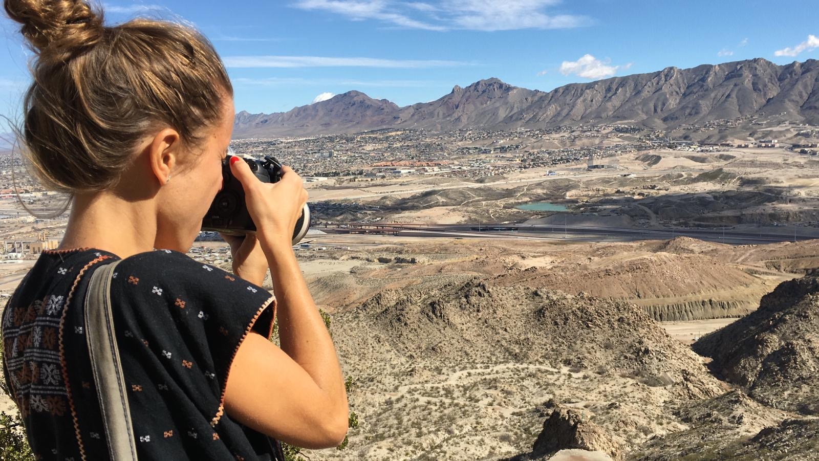 Carter Center Fellow Almudena Toral at the New Mexico area of the border.  (Photo/Patricia Clarembaux)