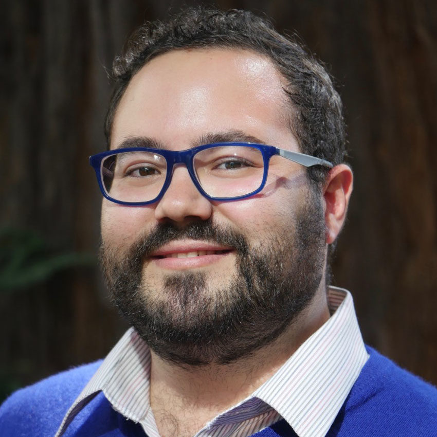 2019-2020 Carter Center Mental Health Journalism Fellow Rodrigo Pérez Ortega